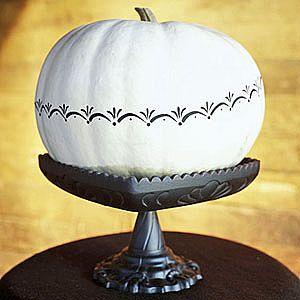 WhitePaintedPumpkin_Full
